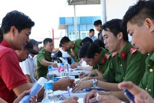 Phát hiện 3 tài xế xe container dương tính ma túy ở Cảng Phú Hữu, quận 9
