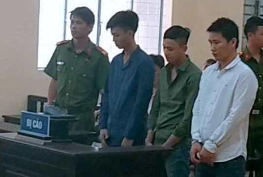 Cà Mau: Y án sơ thẩm vụ nhân viên quán bar bắt cóc người đòi tiền chuộc