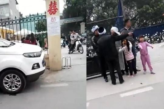 Clip đám cưới cạnh đám ma ở Nam Định, biker té gãy tay vì thả tay chạy mô tô