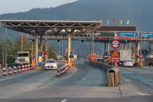 Thừa Thiên Huế: Khởi tố vụ các đối tượng bịt mặt đập xe ở trạm Bắc Hải Vân