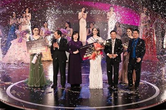 Người đẹp Nguyễn Thị Thu Phương đăng quang 'Người đẹp Kinh Bắc 2019'