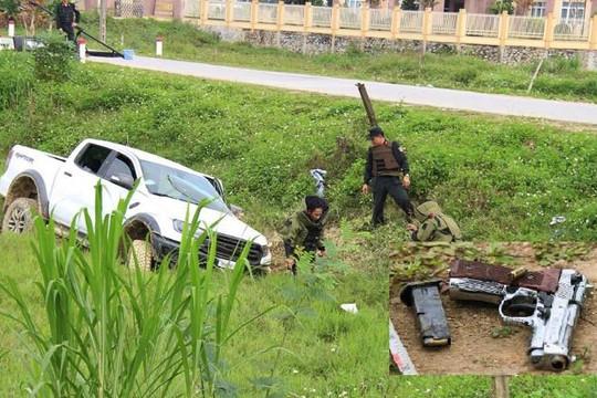 Khởi tố 4 bị can vụ vận chuyển ma túy ôm súng cố thủ trong ô tô