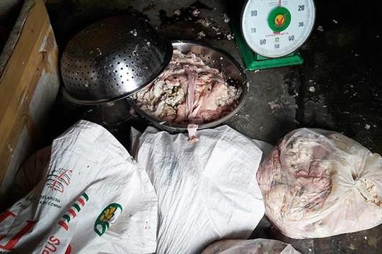 Đà Nẵng: Phát hiện cơ sở biến nội tạng thối thành mồi nhậu