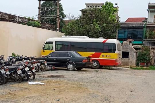 Tạm giữ xe dù liên quan vụ nữ hành khách tố cáo bị tài xế hành hung