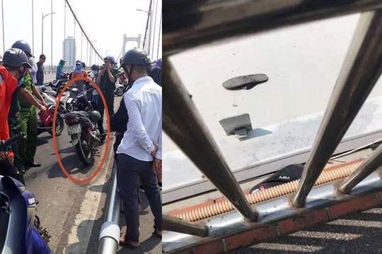 Nhậu say để xe máy giữa cầu, bắt taxi về nhà ngủ khiến trăm người tưởng... tự tử