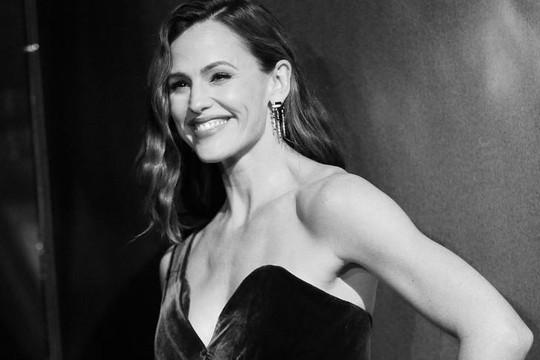 Vì sao Jennifer Garner được chọn là 'Người phụ nữ đẹp nhất thế giới' ở tuổi 47?