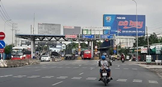 Cần Thơ: Tài xế chiếm làn phản ứng Trạm thu phí BOT T2 trên quốc lộ 91