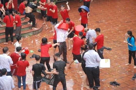 Hiệu phó trường THPT Trần Nhân Tông bị học trò úp chậu lên đầu và tạt nước