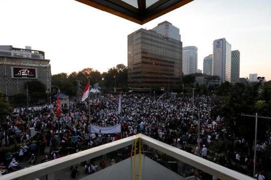 Indonesia: Nhóm ủng hộ Subianto xuống đường phản đối Tổng thống Widodo tái đắc cử