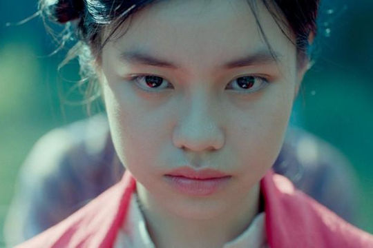 """Báo nước ngoài đưa tin phim 'Vợ ba"""" bị cấm chiếu tại Việt Nam sau ồn ào diễn viên 13 tuổi đóng cảnh nóng"""