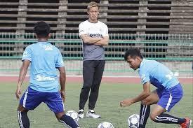 Quyết chia tay CLB Úc, Honda toàn tâm dẫn dắt Campuchia ở vòng loại World Cup 2022