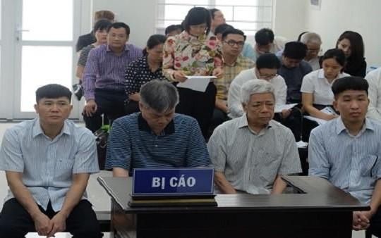 Nguyên Chủ tịch Vinashin Nguyễn Ngọc Sự vòng vo khoản 'chăm sóc' tiền tỉ của Hà Văn Thắm