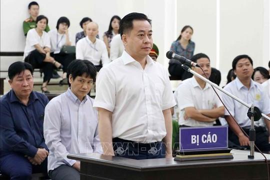 Hình ảnh phiên tòa xét xử Vũ 'nhôm' và các cựu sĩ quan công an cao cấp