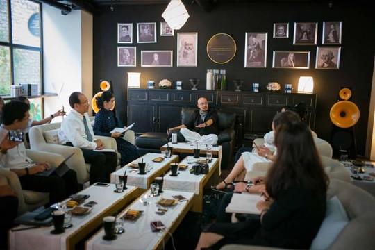 'Vua cà phê' Đặng Lê Nguyên Vũ: Không muốn nói gì về vợ, nhưng ...