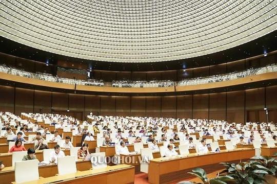 Quốc hội thảo luận: 'Lột lon' quan chức nghỉ hưu có hủy luôn phụ cấp thu nhập không?