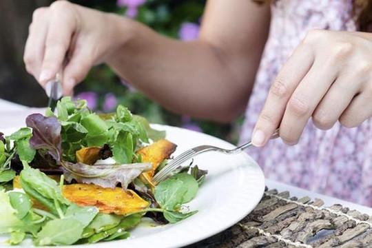 Cần bổ sung rau củ quả khi cơ thể có dấu hiệu này