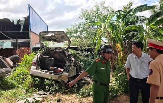 Vụ tai nạn trên cầu Hàm Luông: Do xe cần cẩu mất phanh, tuột dốc