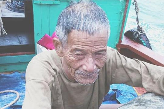 Người đàn ông 65 tuổi đi tắm bị sóng cuốn một ngày đêm trên biển