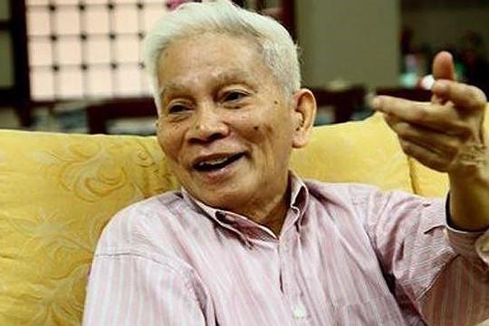 Giáo sư Hoàng Tụy - Cây đại thụ ngành Toán học qua đời ở tuổi 92
