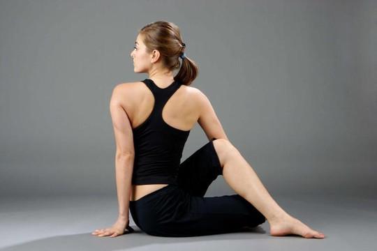Tác dụng tuyệt vời của tư thế vặn xoắn trong yoga