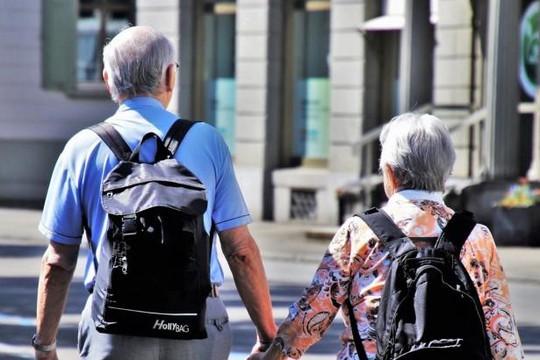 Vì sao phụ nữ mắc bệnh Alzheimer nhiều hơn nam giới?