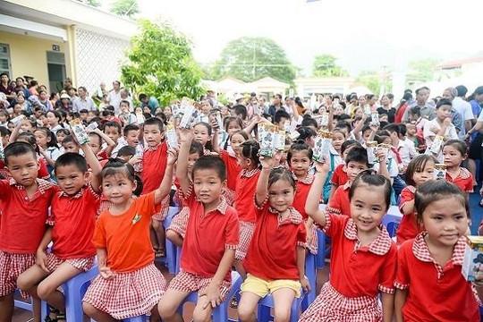 Quỹ sữa vươn cao Việt Nam và Vinamilk chung tay vì trẻ em Thái Nguyên