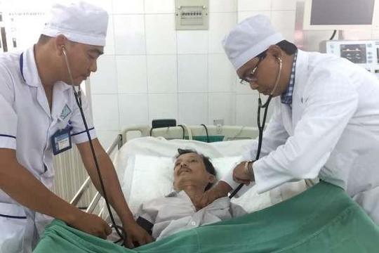 Hai bệnh viện phối hợp cứu sống hai bệnh nhân bị đột quỵ