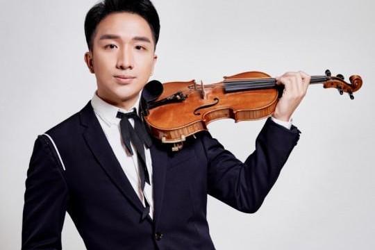 Nghệ sĩ violin Hoàng Rob: 'Tôi không muốn âm nhạc của tôi chỉ vang lên ở các thánh đường'