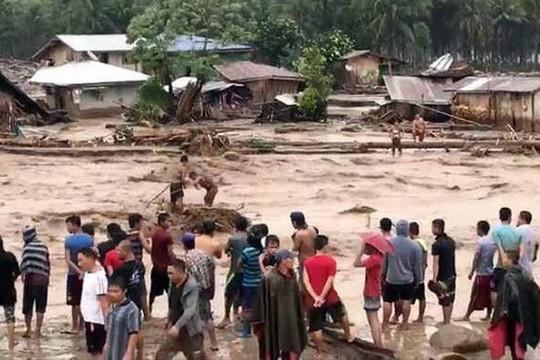 Thanh Hóa: 13 người mất tích do lũ quét