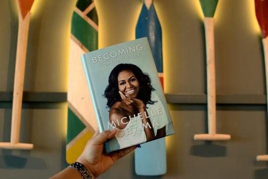 Michelle Obama và Donald Trump - Kỳ I: Sự đối lập điển hình của 2 phong cách