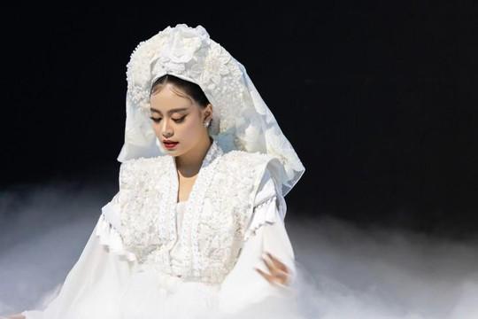 Hoàng Thuỳ Linh đưa tín ngưỡng thờ Mẫu vào sản phẩm âm nhạc mới