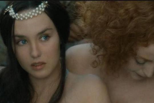 Cuộc đời đắm chìm trong tình ái và quyền lực của Hoàng hậu Margot