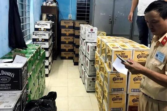 Chặn đứng xe tải chở hàng ngàn chai rượu không rõ nguồn gốc