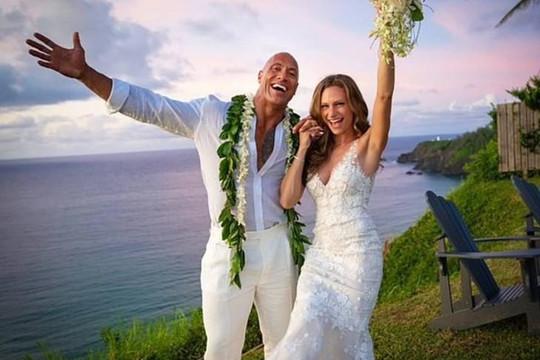 Đám cưới lãng mạn của Dwayne 'The Rock' Johnson tại Hawaii