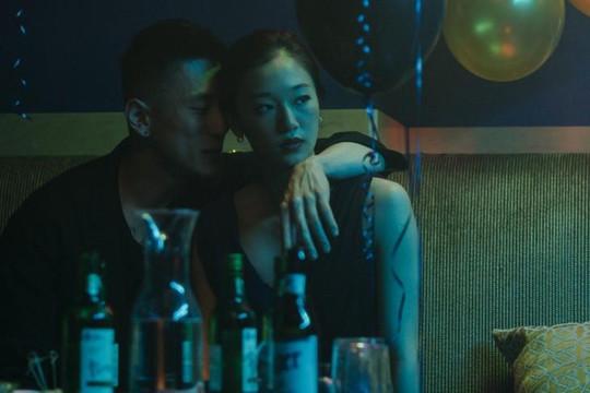 Đạo diễn gốc Hàn Justin Chon và giấc mơ tháo gỡ nhãn mác 'phim châu Á' tại Hollywood