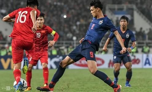 HLV Park Hang-seo gọi 2 thủ môn 8 tiền đạo, trong khi Thái Lan triệu tập 5 thủ môn 2 tiền đạo