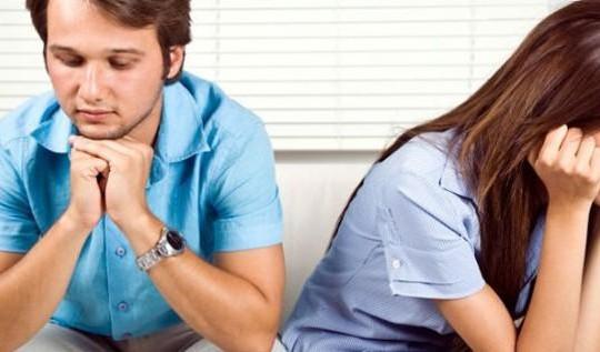 Vì sao vợ chồng dễ chia tay nhau?