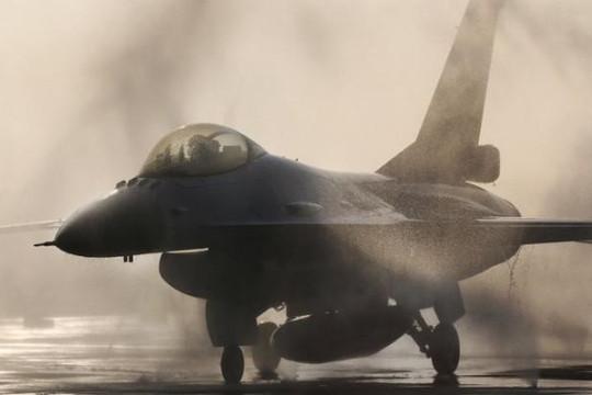 Trung Quốc dọa trừng phạt các công ty Mỹ bán vũ khí cho Đài Loan