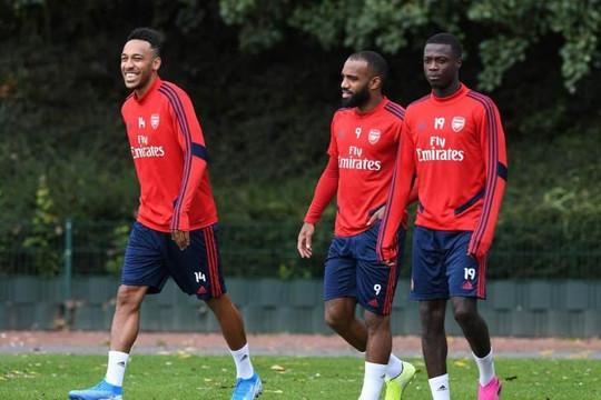 Trước đại chiến Liverpool, Aubameyang nói về Pépé làm fan Arsenal phấn khích