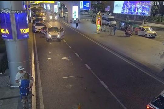 Thanh tra giao thông Đà Nẵng thông tin việc chặn Grab car để kiểm tra hành chính