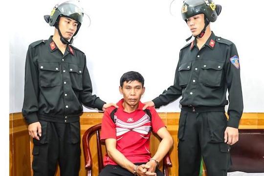 Bắt một người Lào tàng trữ 2 bánh heroin trong nhà nghỉ