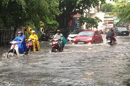 Bộ Chính trị yêu cầu khẩn trương hoàn thành các công trình chống ngập ở TP.HCM