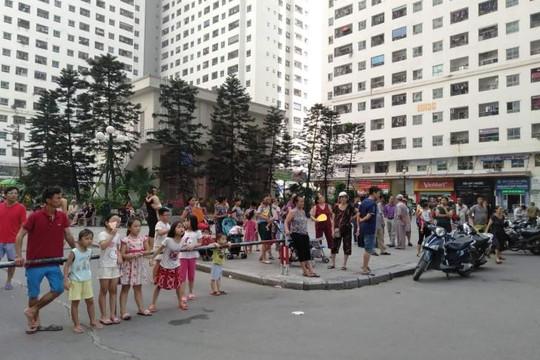 Hà Nội: 4 người bị thương sau tiếng nổ lớn ở chung cư Linh Đàm