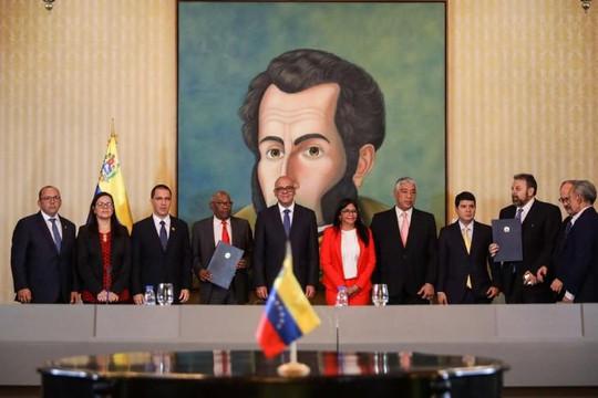Chính phủ Venezuela gửi các nghị sĩ trở lại quốc hội do phe đối lập kiểm soát