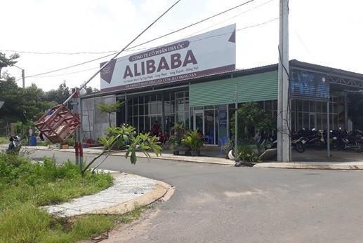 Khám xét 2 văn phòng của 'sếp' Alibaba Nguyễn Thái Luyện ở Đồng Nai