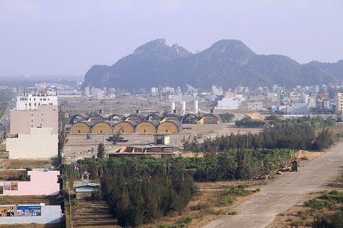 Người Trung Quốc sở hữu 21 lô đất dọc sân bay quân sự Nước Mặn