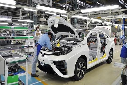 Để làm ra một chiếc ô tô, Việt Nam phải nhập 80% linh phụ kiện