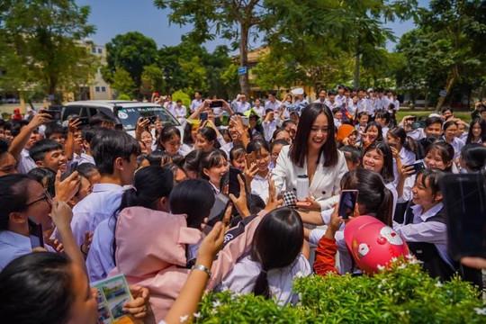 Hoa hậu Mai Phương Thúy: Đừng sợ thất bại, phía trước luôn có con đường mới để thành công