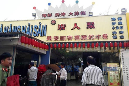 Đà Nẵng: Hàng chục nhà hàng, khách sạn vi phạm Luật Quảng cáo ở 'phố Tàu'