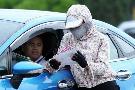 Bắt giữ nhiều 'cò vé' trước trận bóng đá Việt Nam - Malaysia